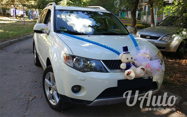 аренда авто Mitsubishi Outlander XL в Киеве