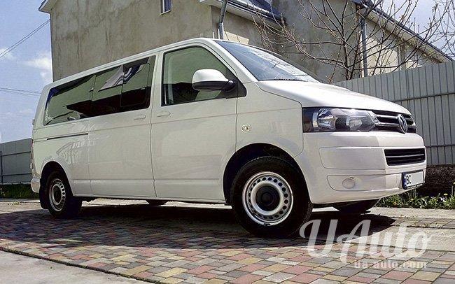 аренда авто Volkswagen Caravelle в Киеве