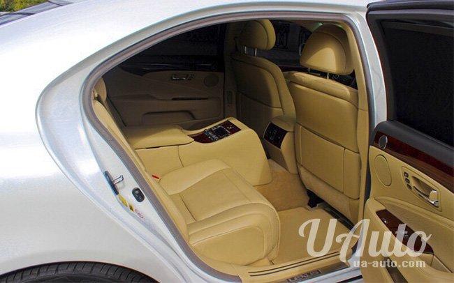аренда авто Lexus LS460 в Киеве