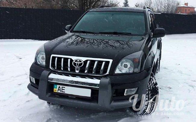 аренда авто Toyota Land Cruiser Prado 120 в Киеве