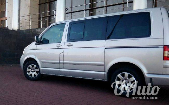 аренда авто Volkswagen Multivan в Киеве