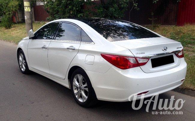 аренда авто Hyundai Sonata YF в Киеве