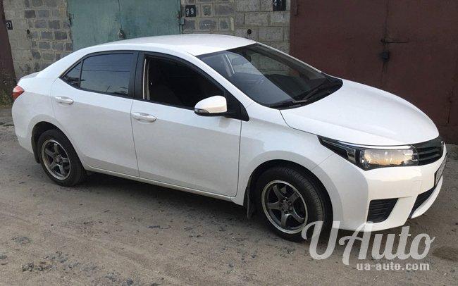 аренда авто Toyota Corolla 2015 в Киеве