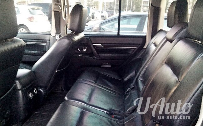аренда авто Mitsubishi Pajero Wagon 4 в Киеве
