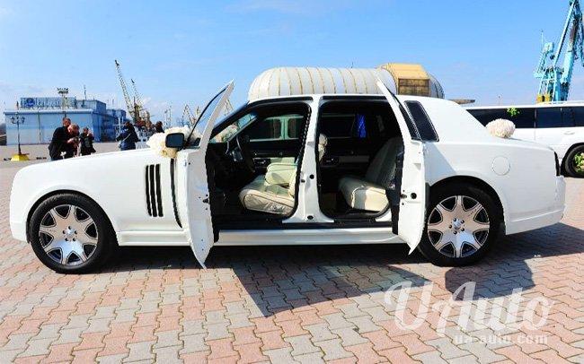 аренда авто Rolls Royce Ghost (реплика) в Киеве