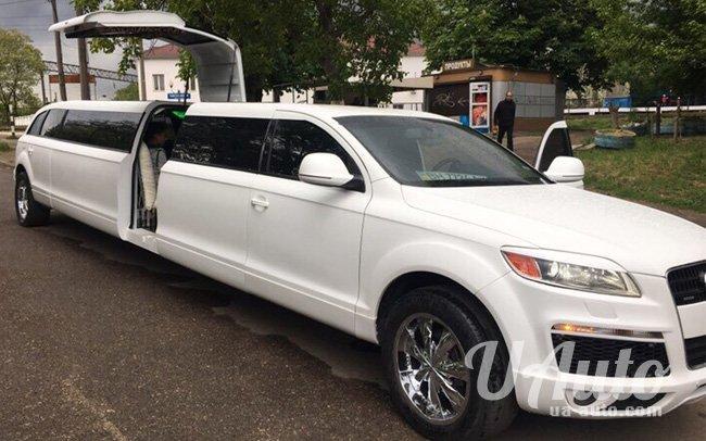 аренда авто Лимузин Audi Q7 в Киеве