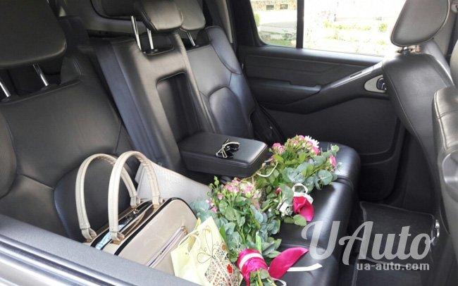 аренда авто Nissan Pathfinder в Киеве