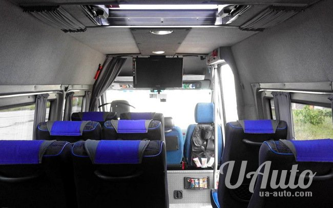 аренда авто Микроавтобус Freightliner Sprinter в Киеве