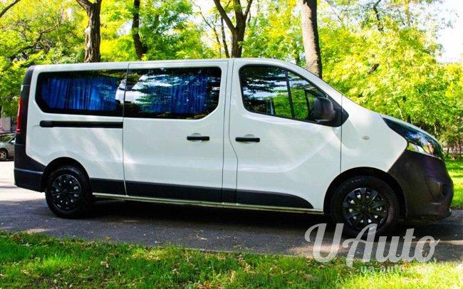 аренда авто Микроавтобус Opel Vivaro New в Киеве