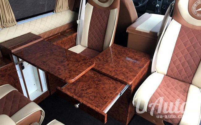 аренда авто Микроавтобус Mercedes Sprinter 313 VIP в Киеве
