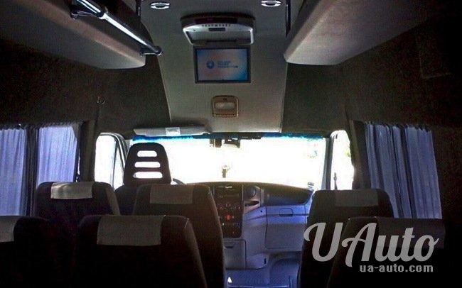 аренда авто Микроавтобус Iveco Daily в Киеве