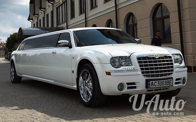 аренда авто Лимузин Chrysler 300C на свадьбу