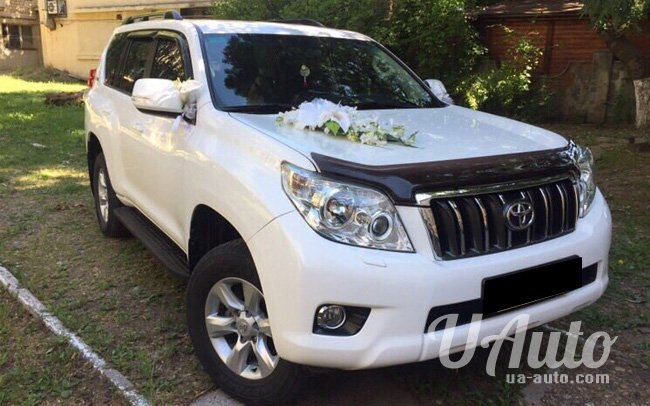 аренда авто Toyota Land Cruiser Prado 150 в Киеве