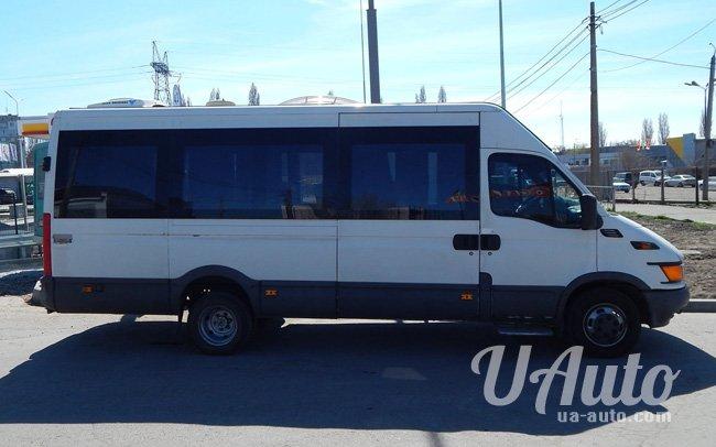 аренда авто Микроавтобус Iveco Turbo Daily в Киеве