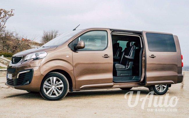 аренда авто Микроавтобус Peugeot Traveller в Киеве