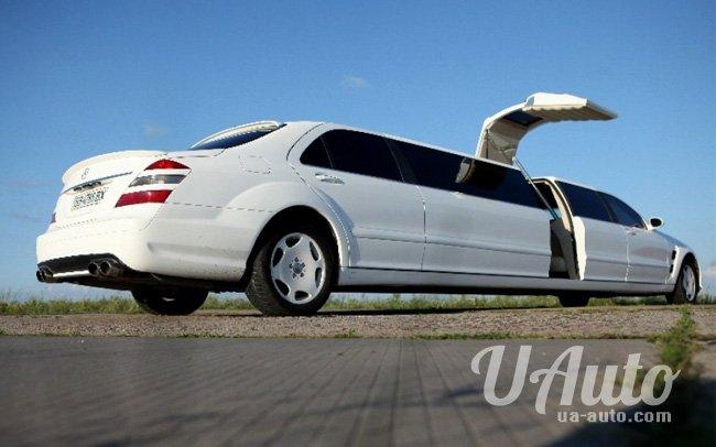 аренда авто Лимузин Mercedes W221 AMG в Киеве