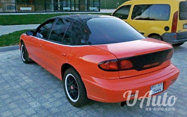 аренда авто Ретро Pontiac Sunfire Custom в Киеве