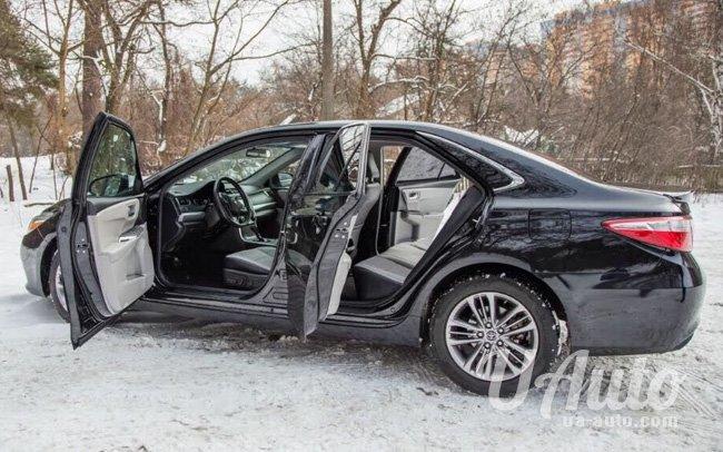 аренда авто Toyota Camry 55 USA в Киеве