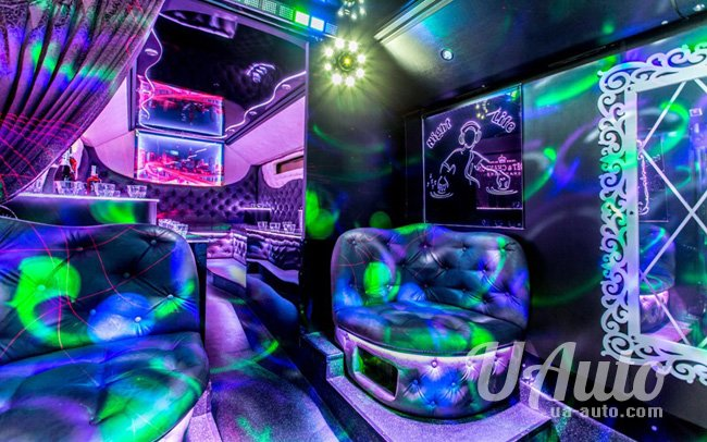 """аренда авто Party Bus """"Disco Bus"""" в Киеве"""