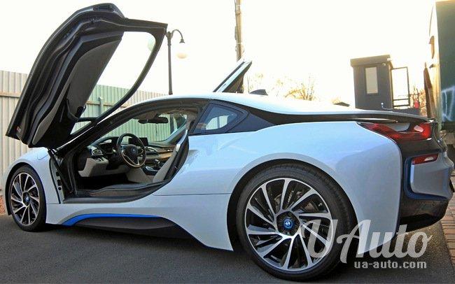 аренда авто BMW i8 в Киеве