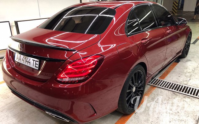 аренда авто Mercedes С300 W205 в Киеве