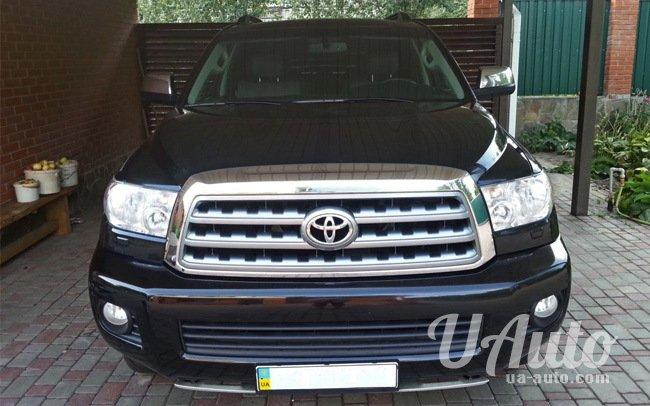 аренда авто Toyota Sequoia Platinum в Киеве