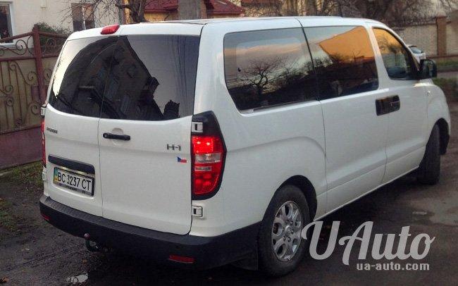 аренда авто Hyundai H-1 Starex в Киеве